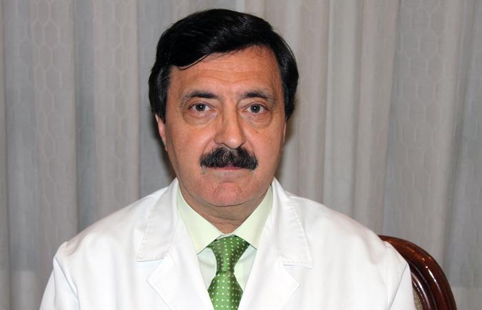 Dr. Eduardo Marqués